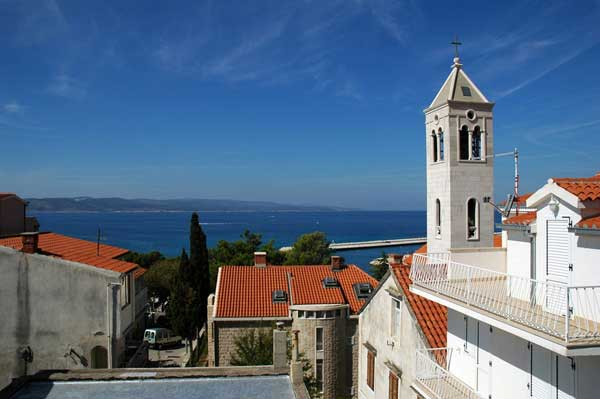 Southern Adriatic - untouched nature and famous medieval towns